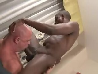 Big Cock,Ebony,Hunks,Interracial,Bareback,muscle,gay interracial unprotected