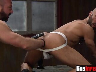 Anal,Big Cock,Fetish,Hunks,Tattoo,studs,muscle,gay,HD Fisting top Josh West shoves an enormous toy inside studs asshole