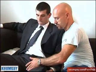 keumgay;big;cock;european;massage;gay;hunk;jerking;off;handsome;dick;straight;guy;serviced;muscle;cock;wank;suck,Euro;Daddy;Blowjob;Big Dick;Gay;Straight Guys;Uncut;Jock;Cumshot Straight salesman gets sucked his big cock in spite of him !
