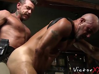 Cumshot,Big Cock,Fetish,Pissing,Tattoo,Blowjob,Bareback,gay sex,hardcore,piercing,hunk,muscle,hairy,police,cosplay,victorxxx,gay Big dicked hunks have breeding piss party with cumshot