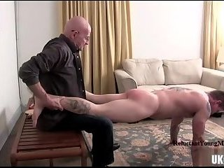 Amateur,Hunks,Tattoo,spanking,muscle,gay Muscle amateur spanking and cumshot