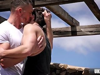 Anal,Body Builders,Hunks,Outdoors,big dick,dilf,gay Big dick dilf anal sex with cumshot