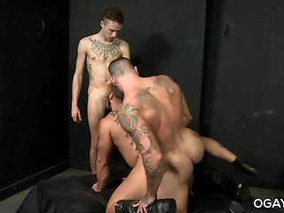 Anal,Tattoo,Threesome,anal sex,hardcore,condom,deep throat,athletic, ass play,gay Big cocked threesome