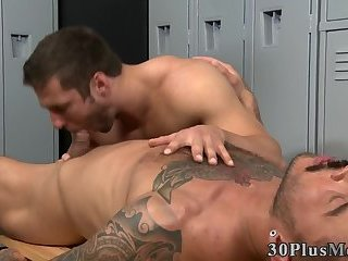 Anal,Cumshot,Body Builders,Tattoo,Blowjob,muscled,gay Fucked tat hunk sperms