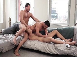 Anal,Cumshot,Hunks,Threesome,gay,muscle Three Breeders