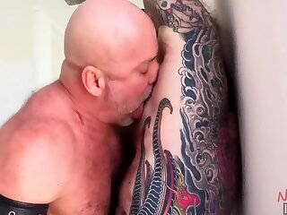 Anal,Cumshot,Amateur,Big Cock,Body Builders,Bondage,Fat,Mature,Outdoors,Blowjob,Bareback,studs,muscle,daddy,gay Jack fucked in the bathroom
