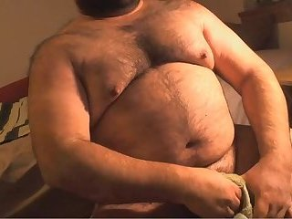 Amateur,Masturbation,Solo,Bears,Fat,hairy,gay Mountain of a man