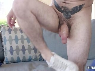 Anal,Masturbation,Big Cock,Outdoors,Blowjob,muscle,gay Next Door Neighbor Boy James Sinner Solos His Fat White Cock