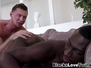 Anal,Amateur,Ebony,Interracial,Rimming,gay Black dude gets a facial