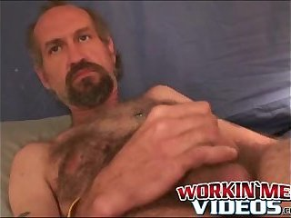 Cumshot,Amateur,Masturbation,Solo,Mature,hairy,smoking,bearded,workingmenvideos,gay Hairy mature dude wanks off his dick until a happy climax