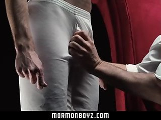 Anal,spanking,old & young,gay Mormonboyz - yummy older chap Opens Up Mormon boyz Bubble pooper