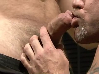 Anal,Hunks,Mature,ass,hardcore,muscled,gay Bears banging
