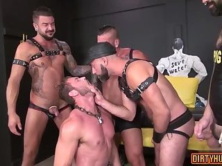 Cumshot,Domination,Fetish,Gangbang,muscle,jock,gay Muscle jock piss with cumshot