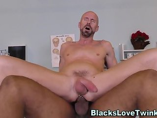 Anal,Cumshot,Amateur,Ebony,Interracial,Mature,muscle,gay Black doctor drills hole