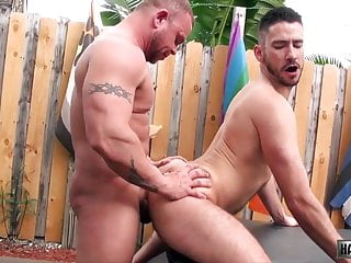 Bareback (Gay);Hunk (Gay);Muscle (Gay);Gay Sex (Gay);Gay Bareback (Gay);Gay Anal (Gay);Anal (Gay);Couple (Gay);HD Videos Daxton Ryker and Owen Powers (BI P3)
