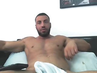 Amateur,Masturbation,Solo,studs,muscle,arab,gay Arab Manbeast Edges His massive penis
