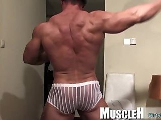 Masturbation,Solo,Body Builders,muscle, Muscle Men,pro bodybuilder,gay Muscle bodybuilder rimjob with cumshot