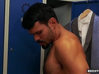 Anal,Hunks,gay,fuck,muscled,locker room Latin dick Fetish With ball cream flow