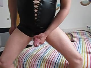 gay Black latex outfit slowmotion jerking