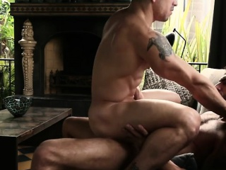 Bears (Gay),Blowjob (Gay),Gays (Gay),Hunks (Gay),Men (Gay),Muscle (Gay) Big dick gay anal sex with cumshot