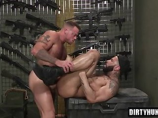 Anal,Hunks,gay,bear,hardcore,muscle Muscle bear anal and facial