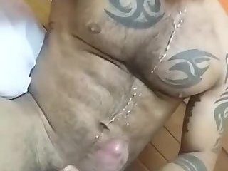 Cumshot,Amateur,Masturbation,Solo,Big Cock,Bears,gay Thick dick Arab blows his load