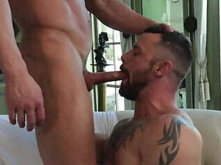 Anal,Big Cock,Body Builders,Domination,Hunks,Pornstars,Blowjob,Bareback,gay,Sergeant Miles,Alexander Volkov Alexander Volkov and Sergeant Miles
