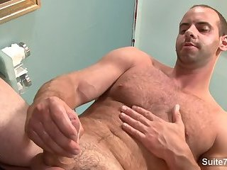 Amateur,Masturbation,Solo,Hunks,hairy,muscled,gay palatable gay Doctor Girth Brooks Masturbating In Office