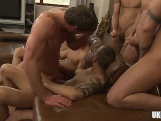 Blowjob,gay,group sex,orgy,gay party Big dick gay anal sex and cumshot