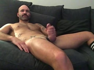 Amateur,Masturbation,Solo,Bears,Mature,hairy,gay My goodness, what a hot dilf piece of ass