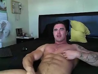Amateur,Masturbation,Solo,hung,muscled,gay Muscle boy lubes up and tosses one out