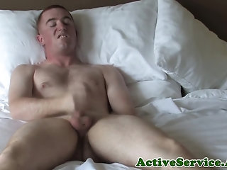 Amateur,Masturbation,Solo,Body Builders,Uniform,gay Solo army cadet tugging and stroking cock
