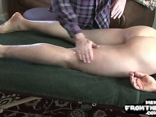 Amateur,Handjob,Blowjob,Massage,gay Southern american gay jock is wanked off