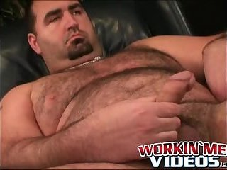 Cumshot,Amateur,Masturbation,Solo,Bears,Fat,Mature,hairy,workingmenvideos,gay Old hairy dude jacks off hairy dick and unloads jizz solo