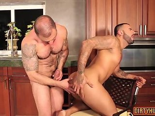 Fetish,Fisting,Hunks,gay,ass to mouth,muscle Muscle gay ass to mouth and cumshot