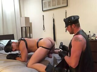 Amateur,Big Cock,Dildo,Fetish,Object Insertion,Bareback,leather,gay A Pairs bare Leather dream