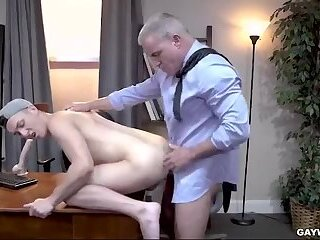 Anal,Threesome,Blowjob,daddy, old vs young,gay father son bonding at the office