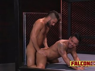 Anal,Big Cock,Bareback,gay,bdsm,close-up,stud,muscled,balls deep Handsome guys going all out with doggy style