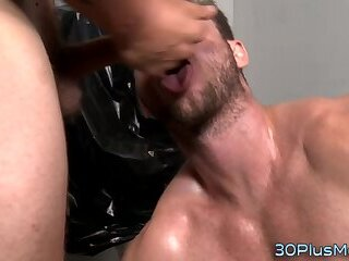 Anal,Bisexual,Fisting,Hunks,gay Gay hunk blowing gloryhole dick
