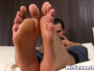 Solo,Feet,hunk,foot fetish,socks,beard, toes, tall, soles,MyFriendsToes,Bare Feet,gay Handsome bearded dude shows off his suckable toes and feet