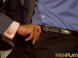 Anal,Big Cock,Blowjob,hunk,office sex,big dick,suit,businessmen,suit sex,MenPlaying,executive,sex at work,gay Businessmen fuck inside of their office during work hours
