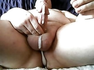 Men (Gay);Gay Porn (Gay);Amateur (Gay);Handjobs (Gay);Massage (Gay);Massive;Double double selfuck handjob and massive cumshot