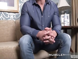 Amateur,spanking,son,gay Muscle son spanking with cumshot