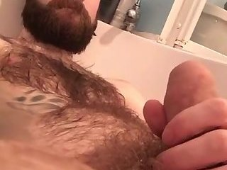 Amateur,Masturbation,Solo,Fetish,Pissing,hairy,gay Hairy hottie pisses all over himself in the tub