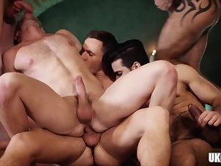Anal,Domination,Threesome,gay,ass,group sex,muscle,hairy,hung Hot gay threesome and cumshot
