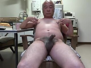 Amateur,Masturbation,Solo,Asian,gay Japanese old man Penis twitch to the touch nipples