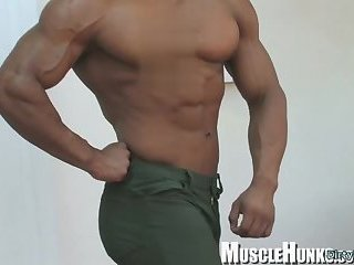 Solo,Body Builders,Latinos,muscle,pro athlete,gay Japanese bodybuilder rimjob with cumshot