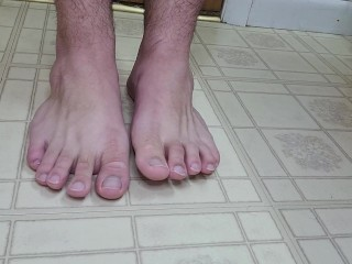 feet;syrup;food;tasty;kink,Solo Male;Gay Dripping some syrup all over my feet