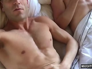 Amateur,Homemade,muscle,gay Big dick gay anal sex and cumshot