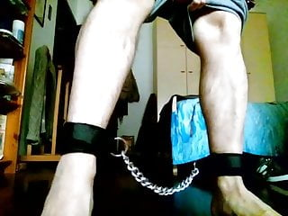 Man (Gay) Kocalos - In chain